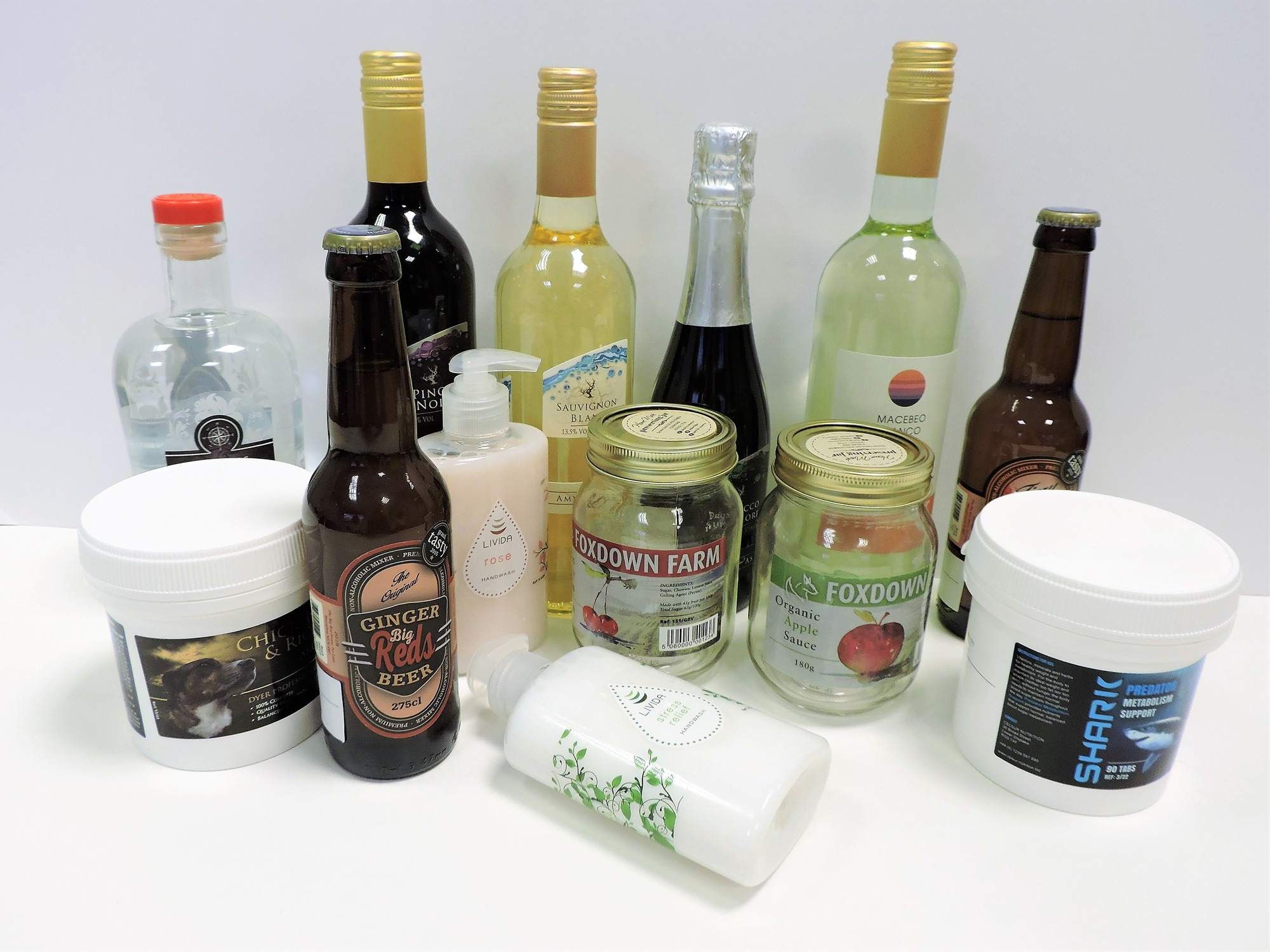 Labels for food, cosmetics, artisan and pet foods